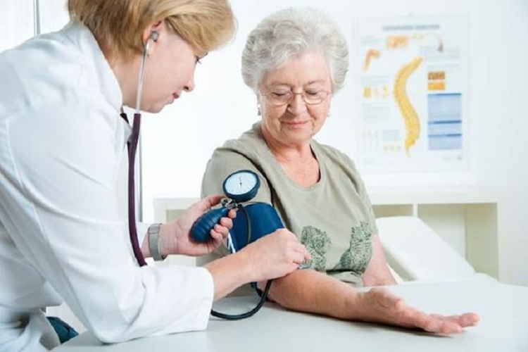 doctor senior blood-pressure old