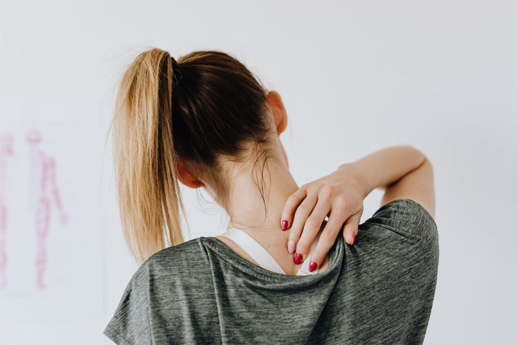 Neck and Shoulder Pain Causes and Treatments