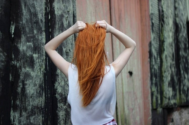 hair-woman-red