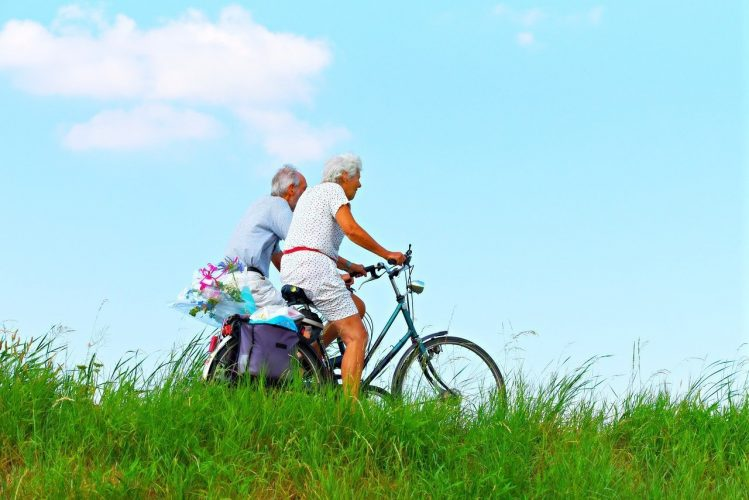 senior-bike-nature-green
