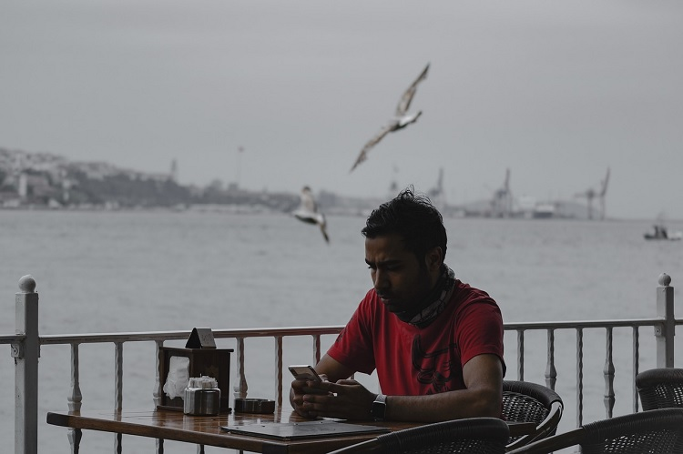 depression-alone-sea-coffee